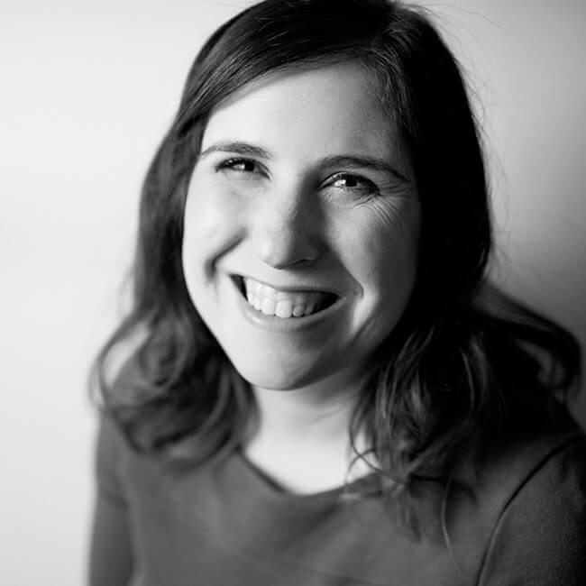 headshot of Jocelyn Harmon